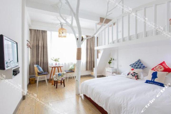 背景墙 房间 家居 起居室 设计 卧室 卧室装修 现代 装修 720_480