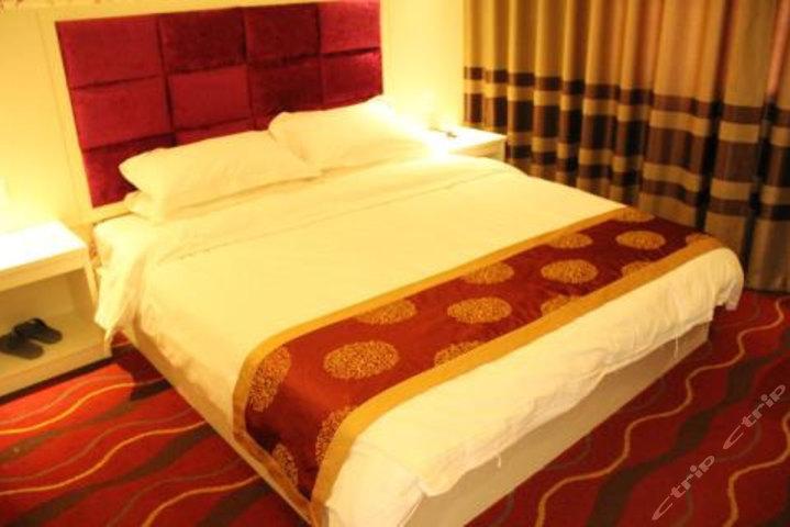 濮阳左岸时光酒店
