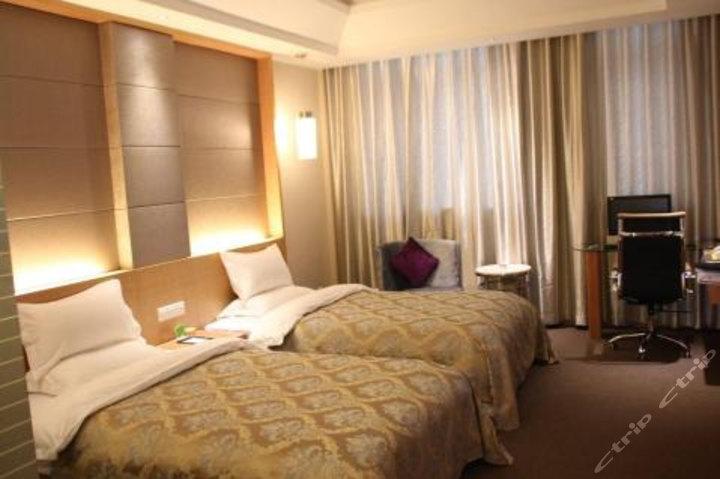 庆阳北地红大厦酒店
