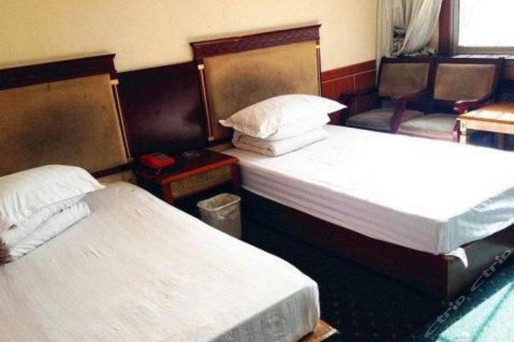 海东化隆宾馆