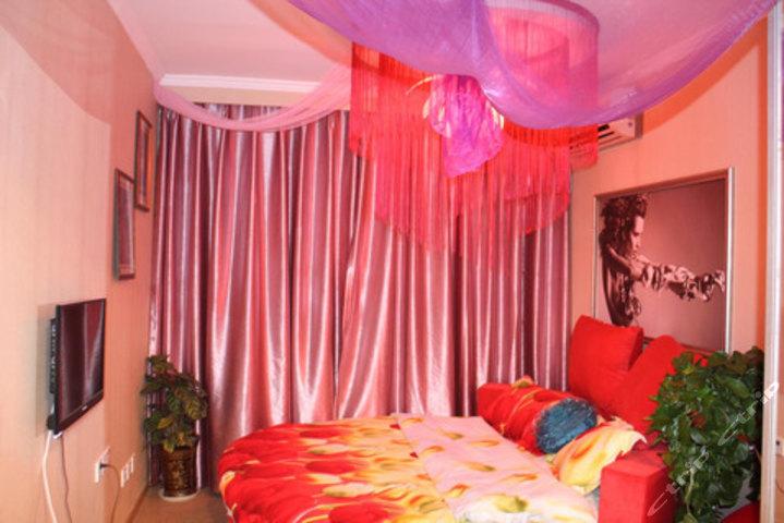 情趣218元的重庆520主题酒店情趣圆床房入住1晚,免费wifi.女用口服药价值图片