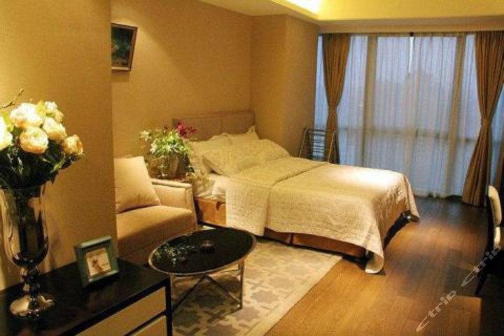 青岛枫丹白露海景度假公寓中联自由港湾店