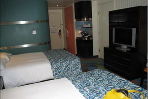 ���� �}�h���n�ܶ��s��(Disney��s Hollywood Hotel)