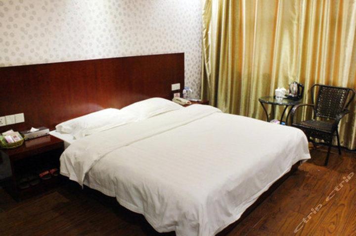柳州皇廷酒店