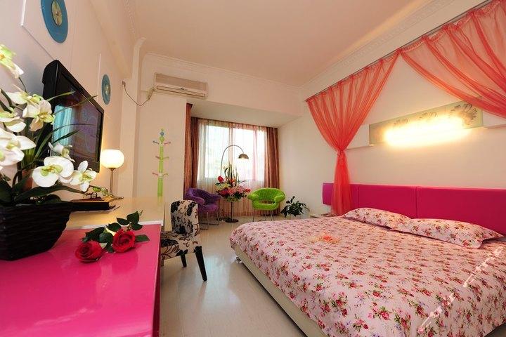 桂林星程贵客0773酒店(象山景区店)-浪漫玫瑰房