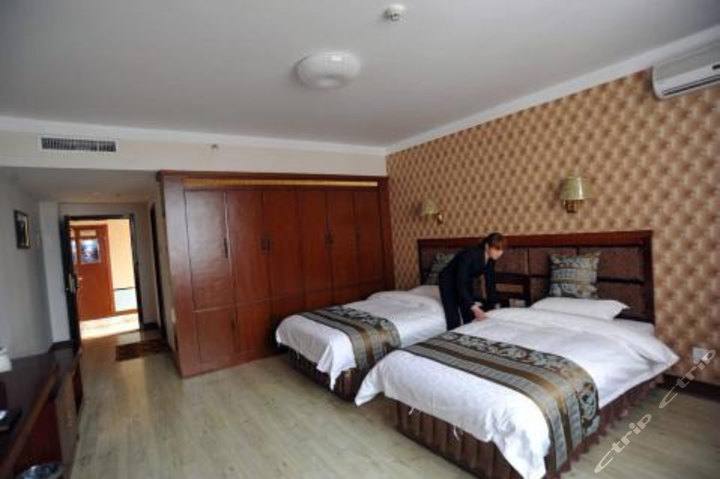 定西西锦宾馆