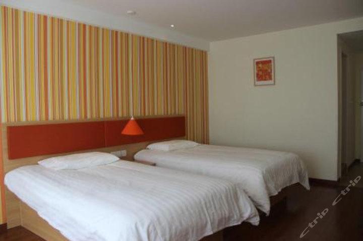 日喀则如家酒店如家酒店扎什伦布寺藏隆广场店