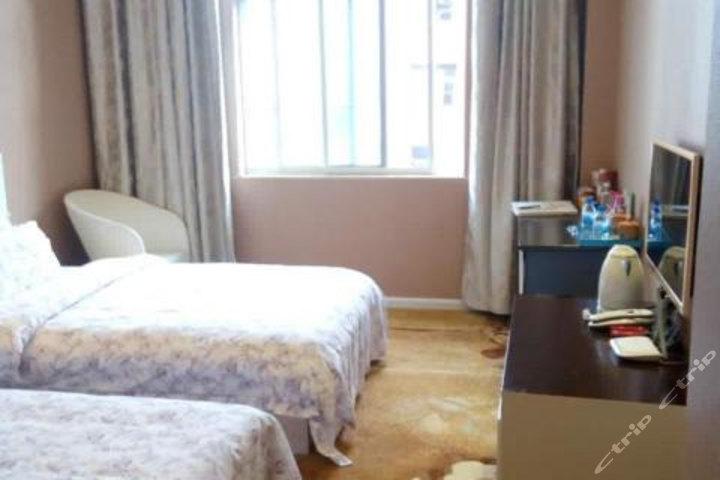 六盘水新四海龙主题酒店