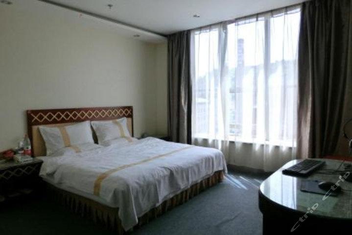 柳林县龙城商务酒店