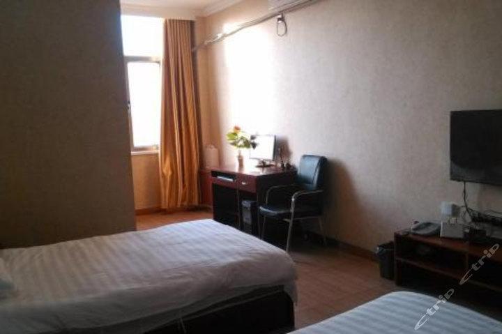 塔城鑫和谐商务宾馆