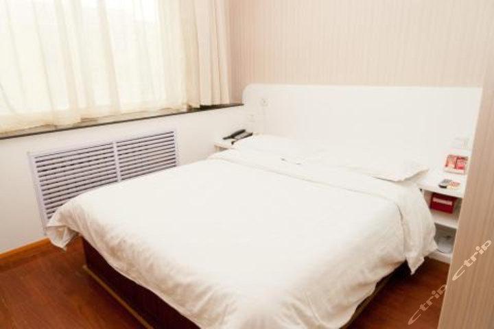 速8酒店滨州渤海国际店