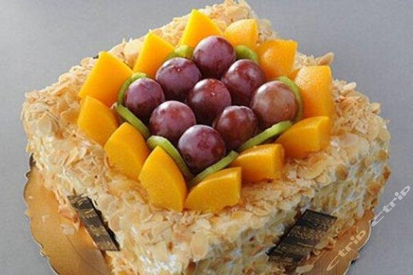 麦兜艺术蛋糕(六一广场店)