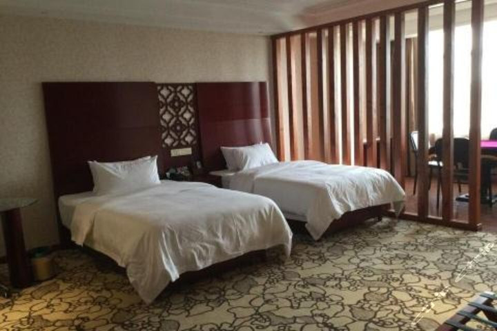 文山圆大酒店
