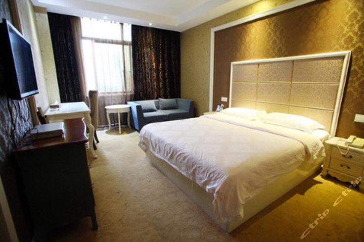 益阳维也娜精品酒店