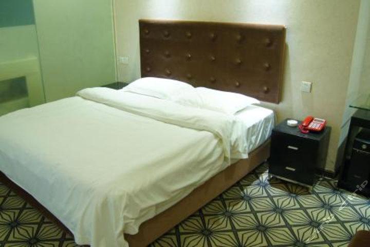 钦州万里酒店