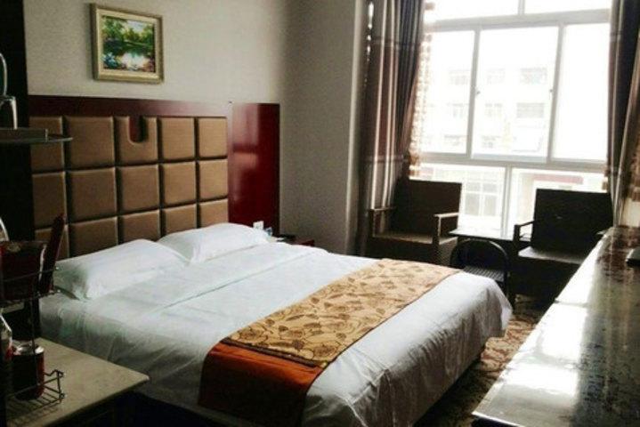 速8酒店平凉西门口店