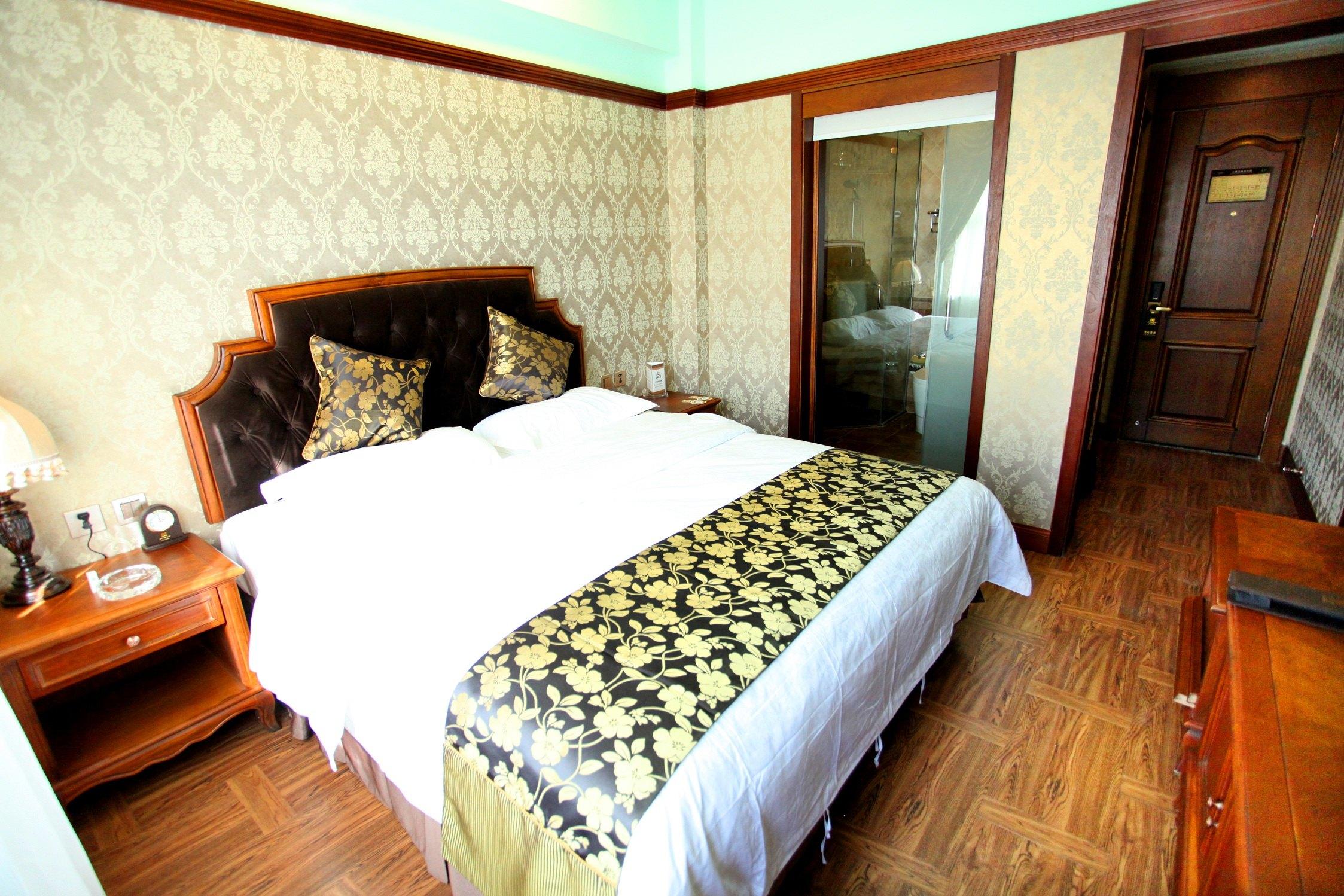 满洲里饭店(百年俄式酒店)(【含早】家庭套房)图片