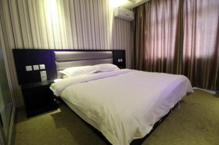 清丰县加州阳光酒店