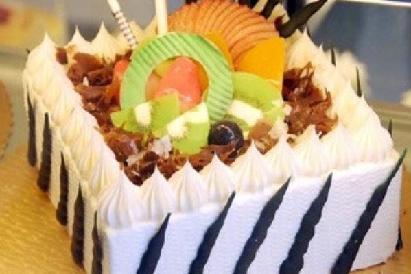 欧式巧克力蛋糕爱心
