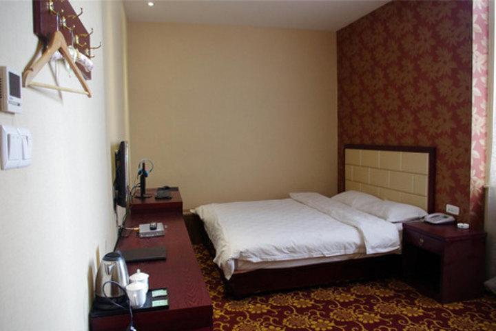 许昌荷月商务酒店