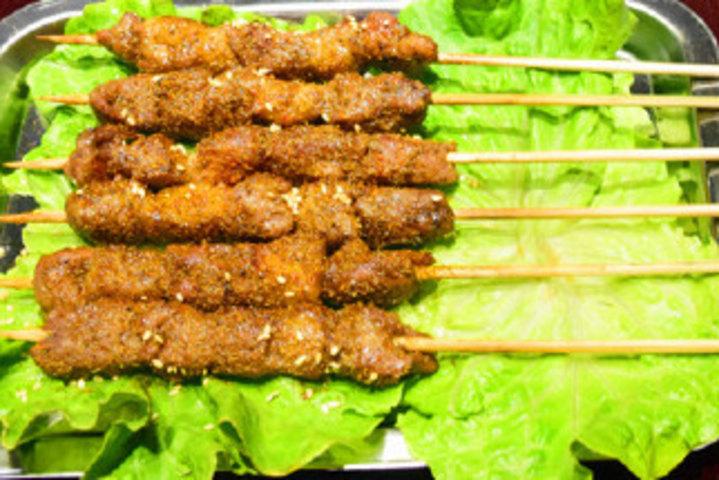 正宗新疆羊肉串