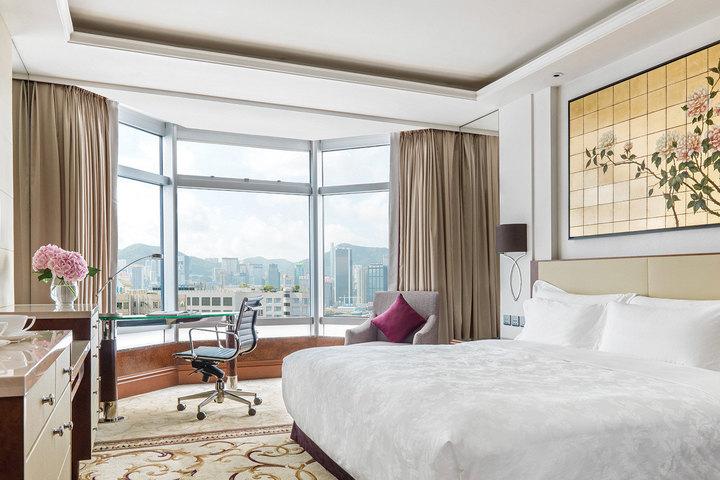 香港朗廷酒店(内园景高级客房)