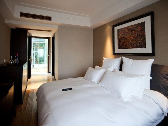 杭州凤凰山庄艺术酒店免费预订 点评 怎么样 地图 新路网酒店预订