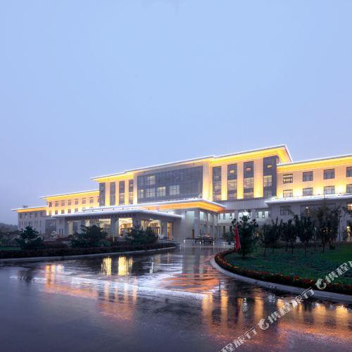 Sunwuhu Hot Spring Holiday Hotel