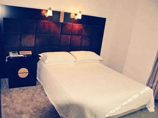 小型旅馆设计效果图