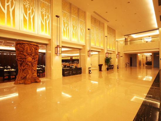 欧式餐厅,阿拉伯餐厅,日韩餐厅等),各种大小会议厅和贵宾接待室,康体