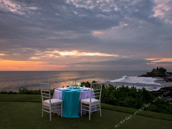 或 ramada bintang bali resort(巴厘岛华美达槟宕度假村)   &