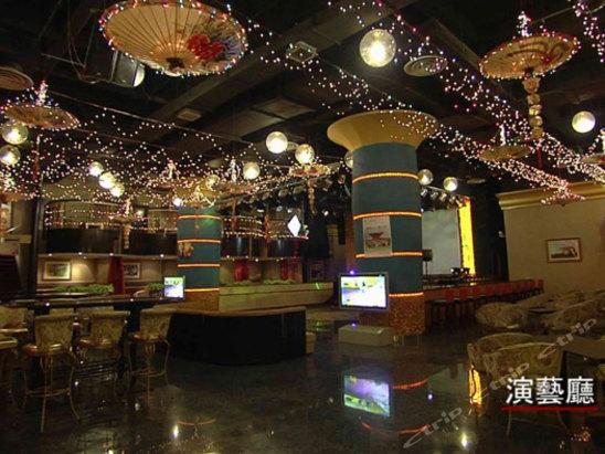 上海寰鑫富贵天地大酒店位于上海嘉定区马陆镇