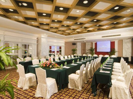 第一会所wuma_酒店由商务客房,23间中餐包房及多个专业的会议厅,51间顶级会所ktv等