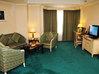 Курортный отель zhuhai расположен на территории 630 000 кв м, всего в 3 минутах ходьбы до пляжа от своих южных ворот
