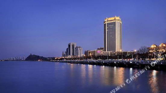 鎮江兆和皇冠假日酒店