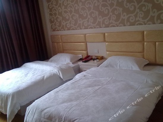昆明南昆山温泉酒店位于云大西路与