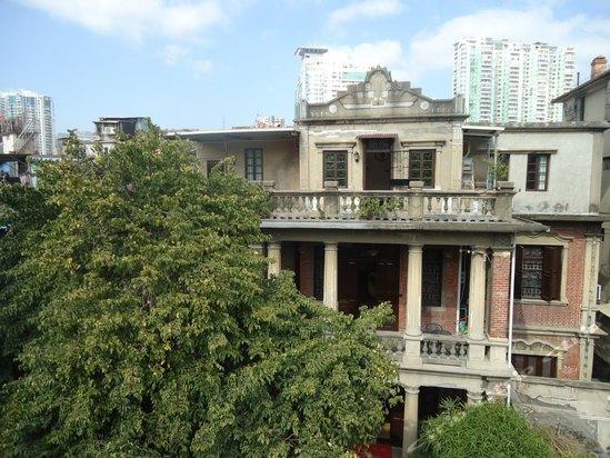 欧式红砖别墅外观图
