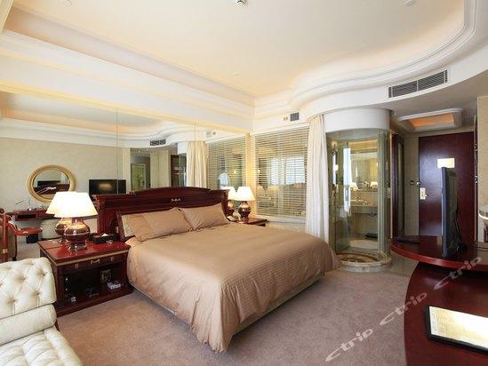 酒店  0人点评 地址:苏州阳澄湖生态休闲度假区莲花岛村7组46号 酒店