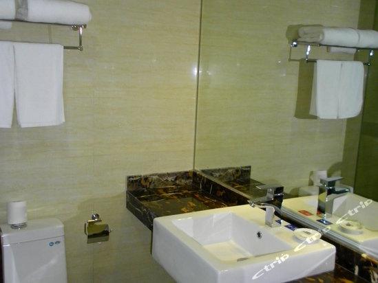 星程酒店(南京三牌楼店)卫生间