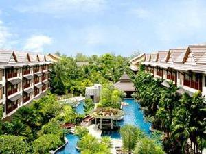 Kata Palm Resort(卡他棕櫚度假村)