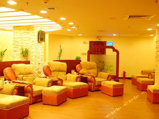 广州南洲大酒店全新欧式豪华装修房间有100余间