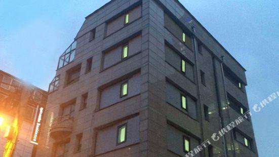 E Residence Seoul