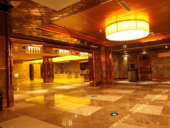 二楼大厅 spa   湖州吴兴皇冠大酒店位于美欣达路的米兰广场,是集