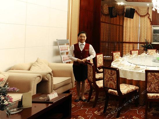 酒店服务、管理都比较人性化,就…-娄底九龙华