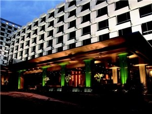 曼谷假日酒店(Holiday Inn Bangkok)