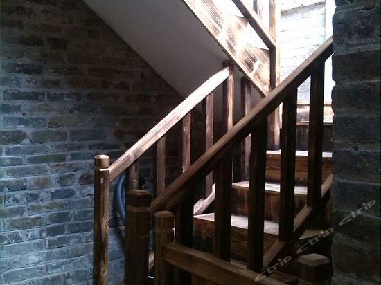 楼梯插座接线图