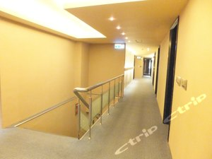 KingKu Hotel(高雄金谷商務旅館)