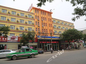 7天連鎖酒店(商丘火車站店)