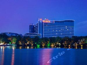 桂林漓江大瀑布飯店