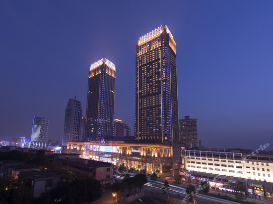 "<a href=""http://hotels.ctrip.com/pic-pid35751471/427511.html"" name=""needTraceCode"" data-dopost=""T"" >中山利和希尔顿酒店外观</a>"